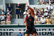 Wang Qiang (CHN) celebrated the game won against Venus William (USA) during the Roland Garros French Tennis Open 2018, day 1, on May 27, 2018, at the Roland Garros Stadium in Paris, France - Photo Stephane Allaman / ProSportsImages / DPPI