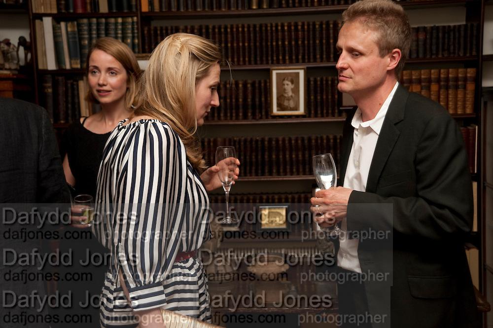 MRS. ALAIN DE BOTTON; SUSIE BOYT; TOM ASTOR, Freud Museum dinner, Maresfield Gardens. 16 June 2011. <br /> <br />  , -DO NOT ARCHIVE-© Copyright Photograph by Dafydd Jones. 248 Clapham Rd. London SW9 0PZ. Tel 0207 820 0771. www.dafjones.com.