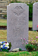 Grave of Colonel H Jones of 2nd Battalion Parachute Regiment, Falkland Islands