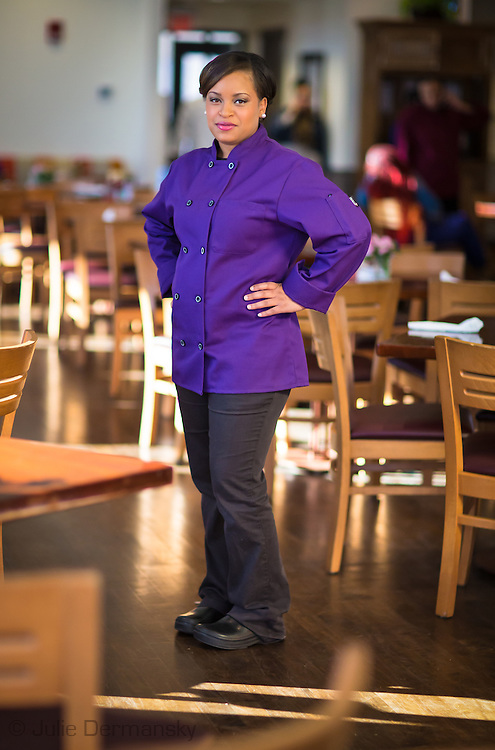 Glennisha Smith , chef in trainning at Cafe Reconcile. Cafe Reconcile in New Orleans is a restaurant where job training is given to dyoung people from  impoverished communities  giving them a chance to have a career in the restaurant business.
