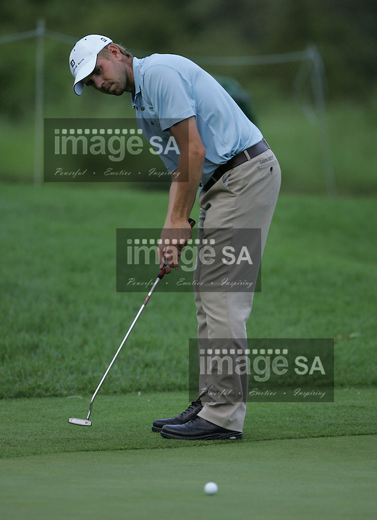 Alfred Dunhill Championship 2007 | Birgir Hafthorsson | MALELANE, Thursday 6 December 2007, Birgir Hafthorsson of Iceland during the first round of the Alfred Dunhill Championship being held at the Leopard Creek Golf Club in the Mpumalanga Province. ..Photo by Roger Sedres/ImageSA....