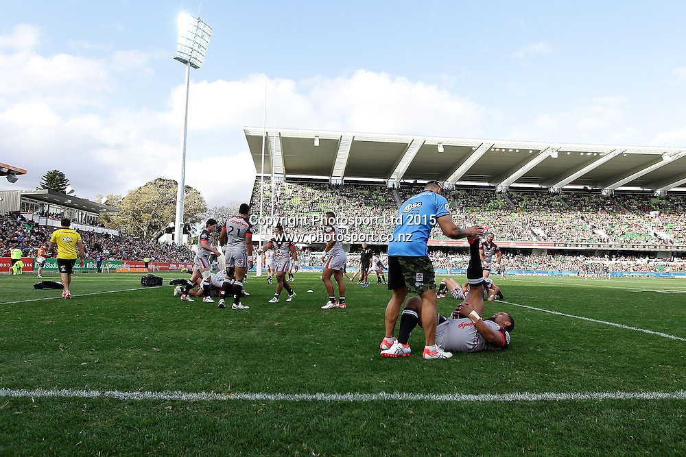 PERTH, AUSTRALIA - JUNE 06:  The Warriors warm up before the 2015 NRL Round 13 Rugby League match between the Vodafone Warriors and The Rabbitohs at NIB Stadium, Perth, Australia on June 6, 2015. (Copyright photo Will Russell/www.Photosport.co.nz)
