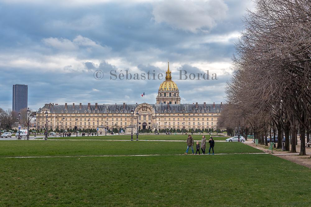 Hôtel des Invalides // Hôtel des Invalides monument