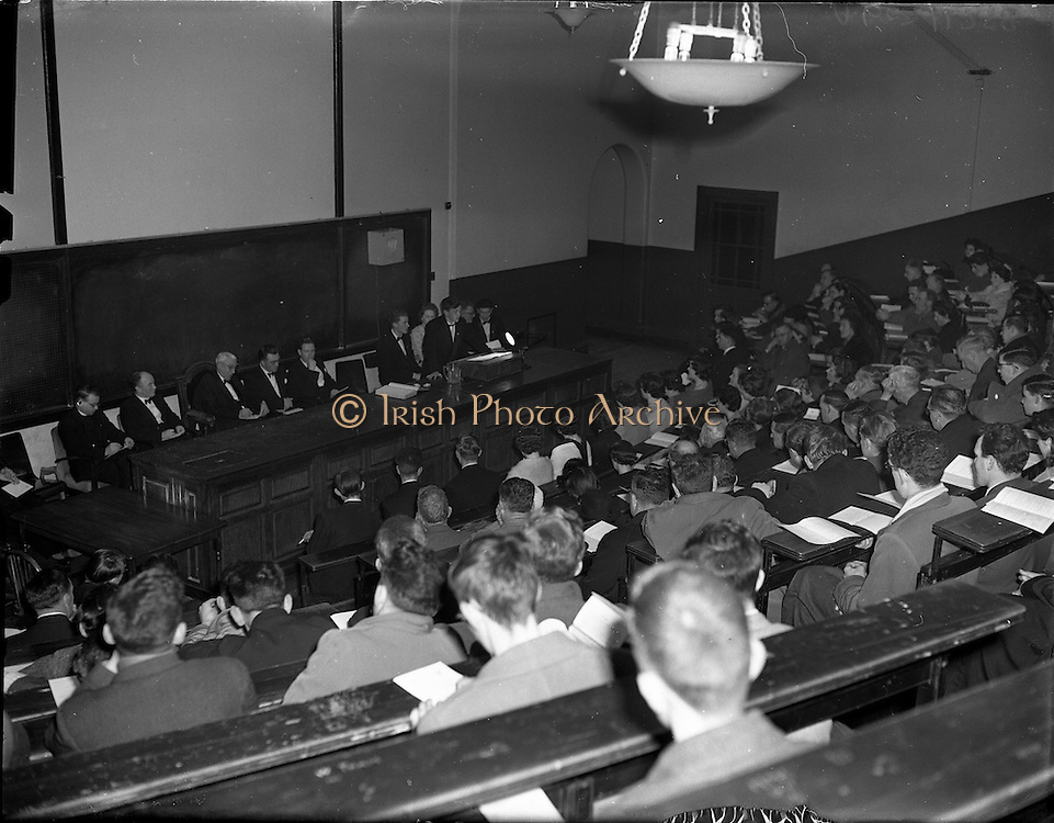 27/02/1958<br />