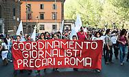 Roms 9 Aprile 2011.Manifestazione dei lavoratori precari per chiedere 'Diritti, welfare, maternità, pensione per tutti'.Giornalisti precari