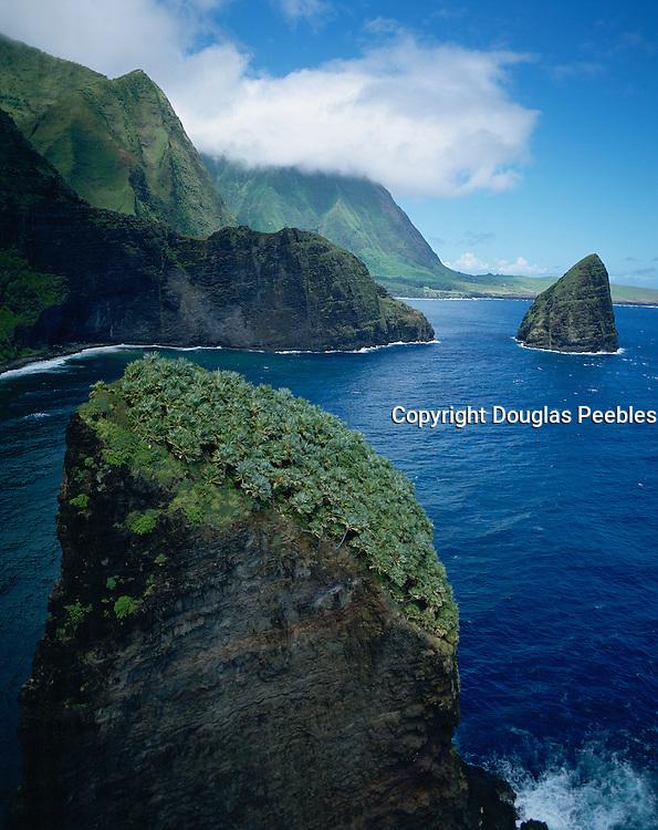 Huelo island, North Shore, Molokai, Hawaii, USA<br />