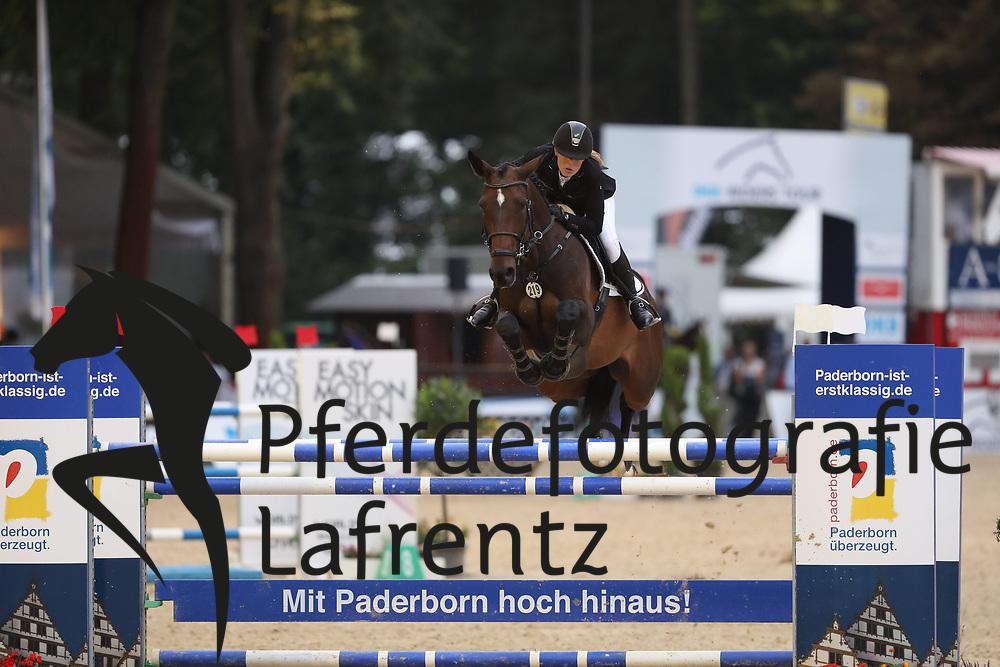 Meyer, Janne-Friederike (GER) Chloé<br /> Paderborn - Paderborn Challenge 2016<br /> © www.sportfotos-lafrentz.de