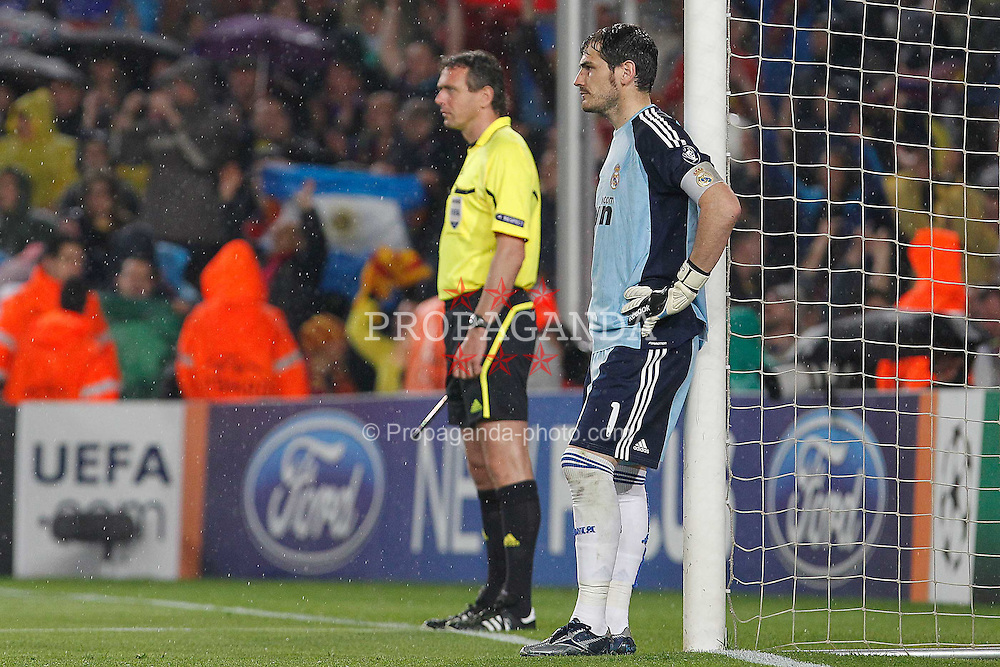 03.05.2011, Camp Nou, Barcelona, ESP, UEFA CL, Halbfinale Rueckspiel, FC Barcelona (ESP) vs Real Madrid (ESP), im Bild Real Madrid's Iker Casillas dejected during UEFA Champions League match.May 3,2011, EXPA Pictures © 2011, PhotoCredit: EXPA/ Alterphotos/ Acero