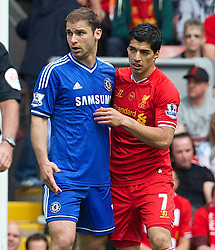 27.04.2014, Anfield, Liverpool, ENG, Premier League, FC Liverpool vs FC Chelsea, 36. Runde, im Bild Liverpool's Luis Suarez and Chelsea's Branislav Ivanovic // during the English Premier League 36th round match between Liverpool FC and Chelsea FC at Anfield in Liverpool, Great Britain on 2014/04/27. EXPA Pictures © 2014, PhotoCredit: EXPA/ Propagandaphoto/ David Rawcliffe<br /> <br /> *****ATTENTION - OUT of ENG, GBR*****