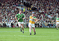 Offaly v Limerick, All Ireland Hurling Final in Croke Park, 04/09/1994. <br /> (Part of the Independent Newspapers Ireland/NLI Collection).