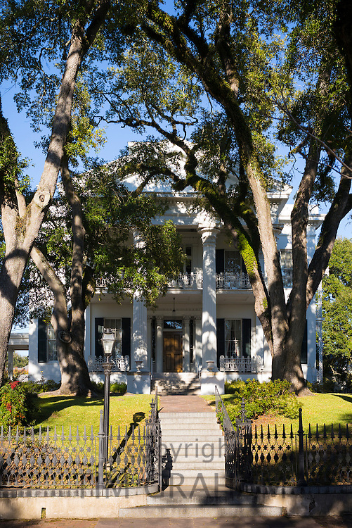 Stanton Hall, Greek Revival style 19th Century antebellum mansion house in Natchez, Mississippi, USA