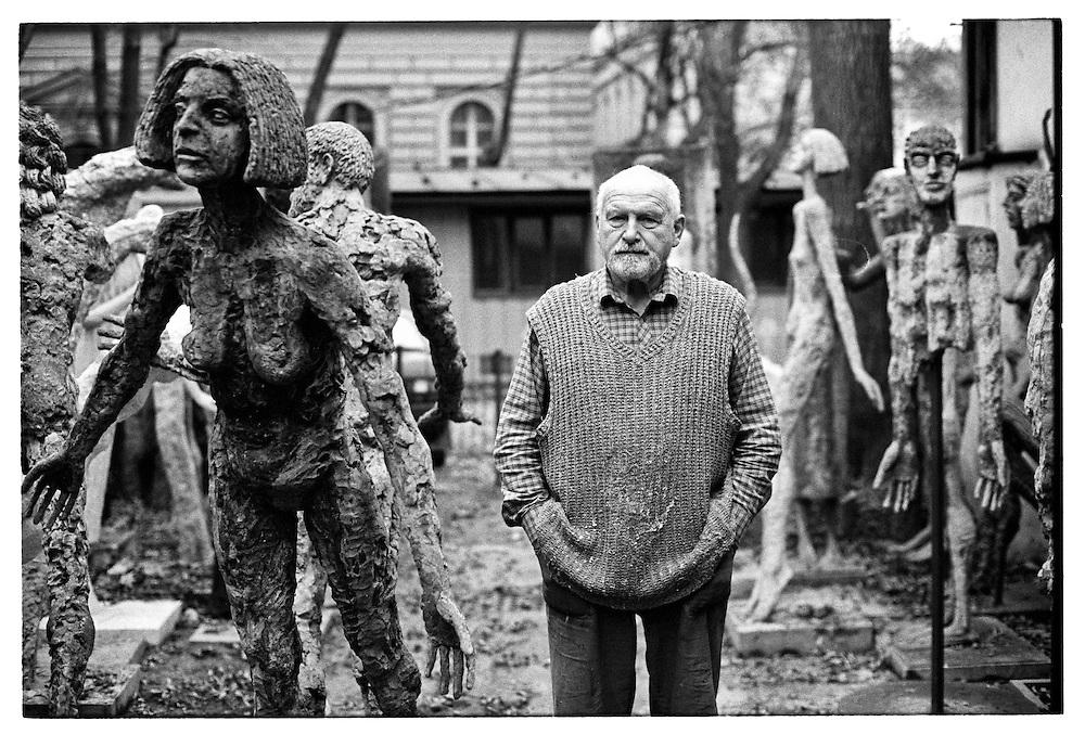 Sculptor Olbram Zoubek in between his works_1996