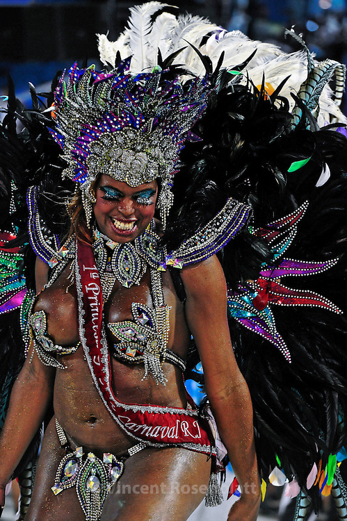 """1st Gay Princess of Rio Carnival 2013"", featured transsexual in the parade."
