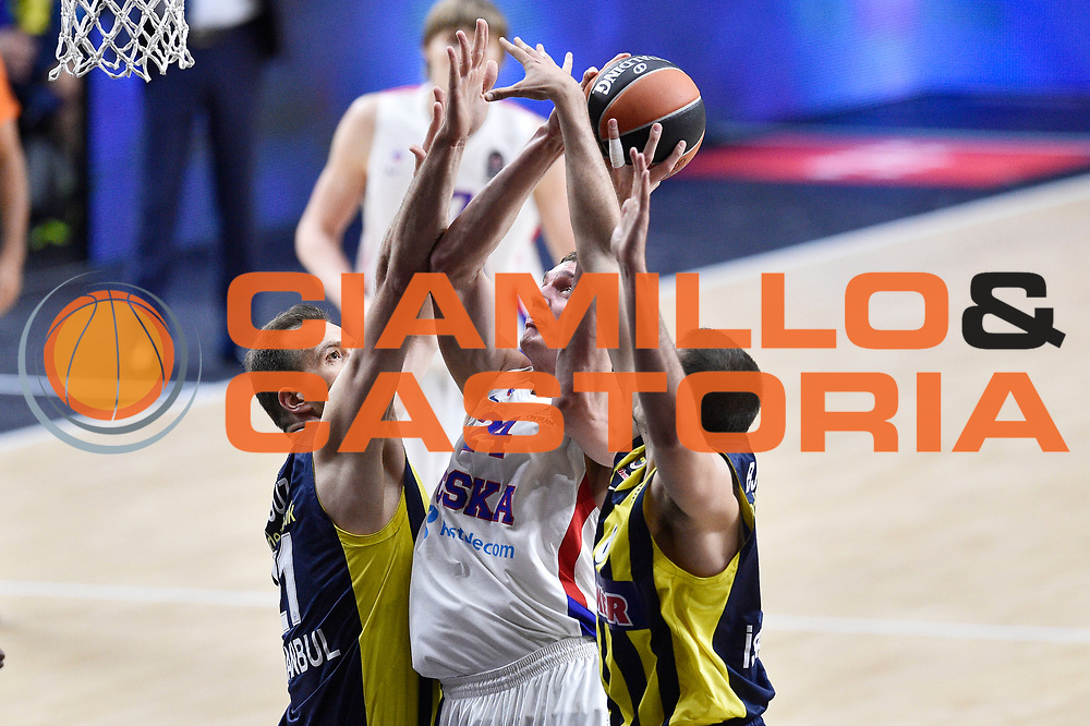 DESCRIZIONE : Madrid Eurolega Euroleague 2014-15 Final Four 3rd 4th place finale 3 4 posto Fenerbahce Ulker Istanbul Cska Moscow Cska Mosca<br /> GIOCATORE : Sasha Kaun<br /> SQUADRA : CSKA Mosca<br /> CATEGORIA : tiro difesa mani<br /> EVENTO : Eurolega 2014-2015<br /> GARA : Fenerbahce Ulker Istanbul Cska Mosca<br /> DATA : 17/05/2015<br /> SPORT : Pallacanestro<br /> AUTORE : Agenzia Ciamillo-Castoria/GiulioCiamillo<br /> Galleria : Eurolega 2014-2015<br /> DESCRIZIONE : Madrid Eurolega Euroleague 2014-15 Final Four 3rd 4th place finale 3 4 posto Fenerbahce Ulker Istanbul Cska Moscow Cska Mosca