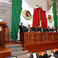 Toluca, México.- Ulises  Ramírez, diputado del PAN durante la sesión de apertura del Séptimo Periodo Ordinario de Sesiones de la LVIII Legislatura mexiquense.  Agencia MVT / José Hernández