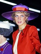 Meghan Markle & Princess Diana - Red-Purple Outfit