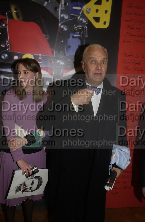 "Manolo Blahnik, Steven Jones, Justin de Villeneuve and Daisy de Villeneuve. The private views for Anna Piaggi's exhibition ""Fashion-ology"" and also 'Popaganda: the life and style of JC de Castelbajacat' the Victoria & Albert Museum on January 31  2006. © Copyright Photograph by Dafydd Jones 66 Stockwell Park Rd. London SW9 0DA Tel 020 7733 0108 www.dafjones.com"