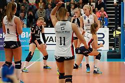 20181024 NED: CL, Sliedrecht Sport - Allianz MTV Stuttgart, Sliedrecht<br />Verslagenheid bij speelsters Sliedrecht Sport<br />©2018-FotoHoogendoorn.nl / Pim Waslander