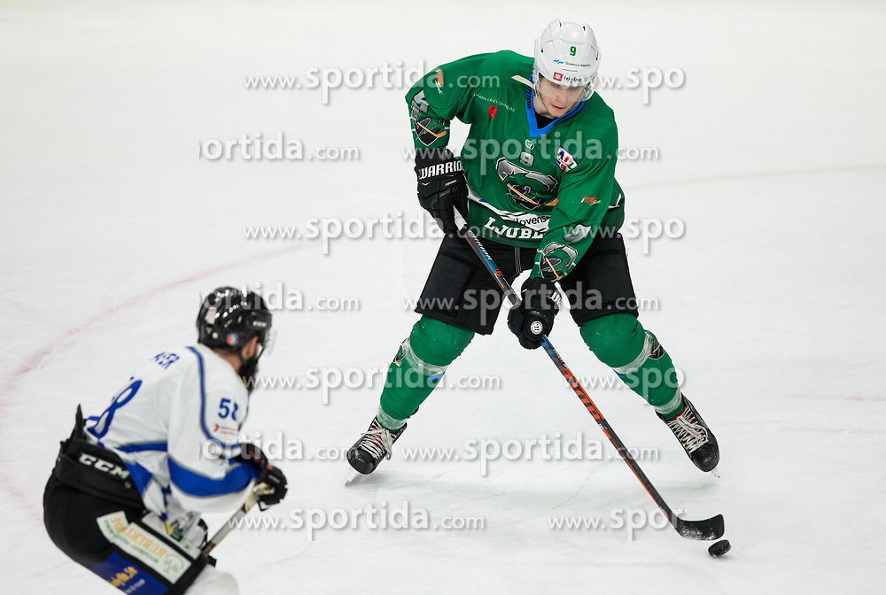 Kristjan Cepon of SZ Olimpija during ice hockey match between HK SZ Olimpija and WSV Sterzing Broncos Weihenstephan (ITA) in Round #12 of AHL - Alps Hockey League 2018/19, on October 30, 2018, in Hala Tivoli, Ljubljana, Slovenia. Photo by Vid Ponikvar / Sportida