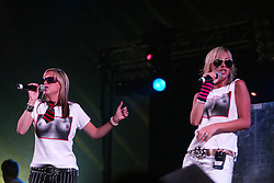 Nicole  & Natalie Appleton, of The Appeltons. Sunday at the King Tuts Hut, T in the Park, 2003..Pic ©2010 Michael Schofield. All Rights Reserved.