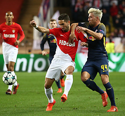 FONTVIEILLE, Nov. 22, 2017  Joao Moutinho (L) of Monaco competes with Kevin Kampl of Leipzig during their Group G match of UEFA Champions League in Fontvieille, Monaco on Nov. 21, 2017. Monaco was defeated 1-4. (Credit Image: © Serge Haouzi/Xinhua via ZUMA Wire)