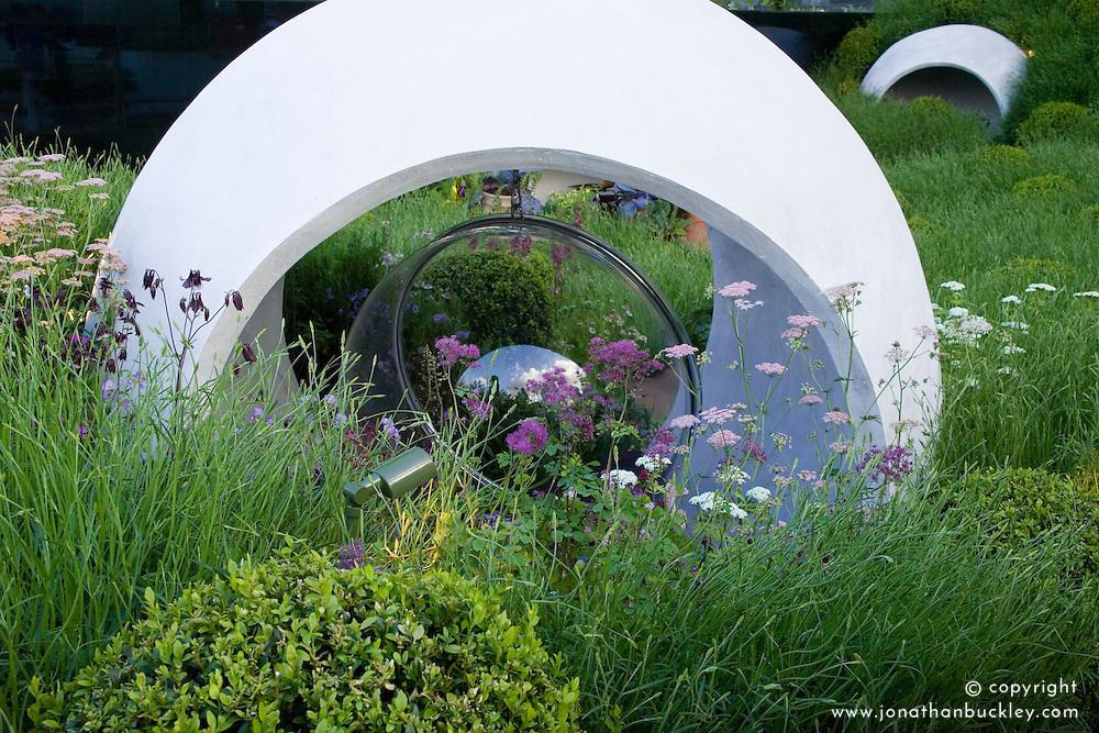Hanover Quay Garden. Design: Diarmuid Gavin - Chelsea 2005