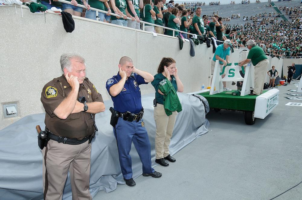 2011 Michigan State Football vs Florida Atlantic