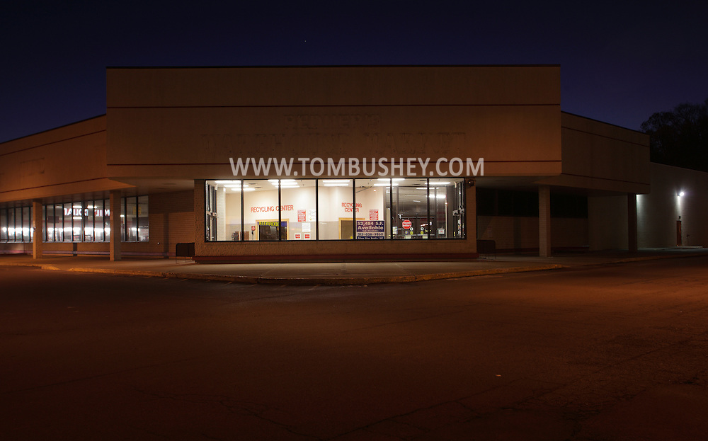 Town of Wallkill, New York - A vacant supermarket at twilight on Nov. 14, 2010.