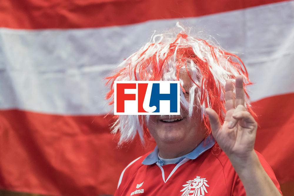 Hockey, Seizoen 2017-2018, 09-02-2018, Berlijn,  Max-Schmelling Halle, WK Zaalhockey 2018 MEN, Austria - Switzerland 2-2, Fans Austria