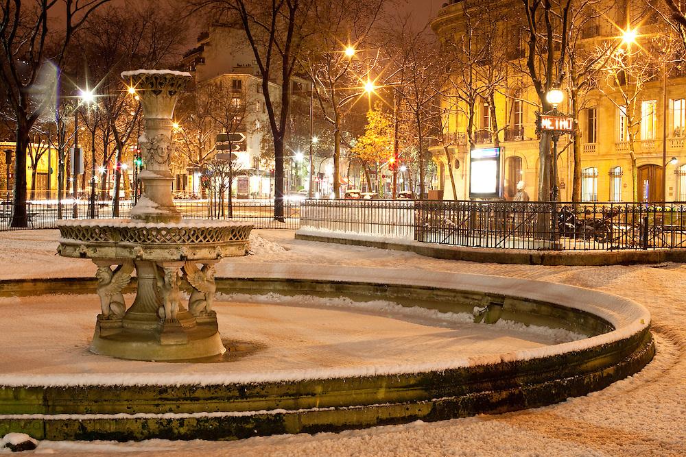 Paris, France. 8 Decembre 2010.7eme Arrondissement..Paris, France. December 8th 2010.7th Arrondissement.