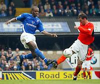 Photo: Scott Heavey.<br /> Ipswich Town v Cardiff City. Nationwide Division One. 09/05/2004.<br /> Darren Bent (L) of Ipswich challenges Willie Boland