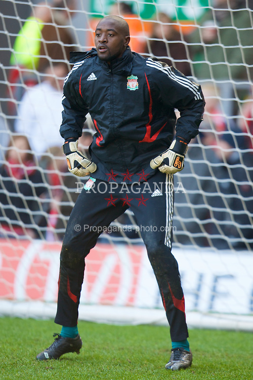 LIVERPOOL, ENGLAND - Saturday, February 16, 2008: Liverpool's goalkeeper Charles Itandje warms-up before the FA Cup 5th Round match against Barnsley at Anfield. (Photo by David Rawcliffe/Propaganda)