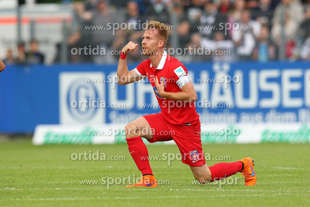 17.05.2015, Scholz Arena, Aalen, GER, 2. FBL, VfR Aalen vs 1. FC Heidenheim, 33. Runde, im Bild Marc Schnatterer (1.FC Heidenheim) // during the 2nd German Bundesliga 33th round match between VfR Aalen and 1. FC Heidenheim at the Scholz Arena in Aalen, Germany on 2015/05/17. EXPA Pictures &copy; 2015, PhotoCredit: EXPA/ Eibner-Pressefoto/ Langer<br /> <br /> *****ATTENTION - OUT of GER*****