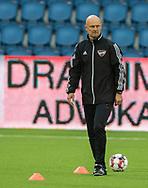 Assistenttræner Morten Rutkjær (B.93) under opvarmningen til kampen i 2. Division mellem FC Helsingør og B.93 den 20. september 2019 på Helsingør Ny Stadion (Foto: Claus Birch).
