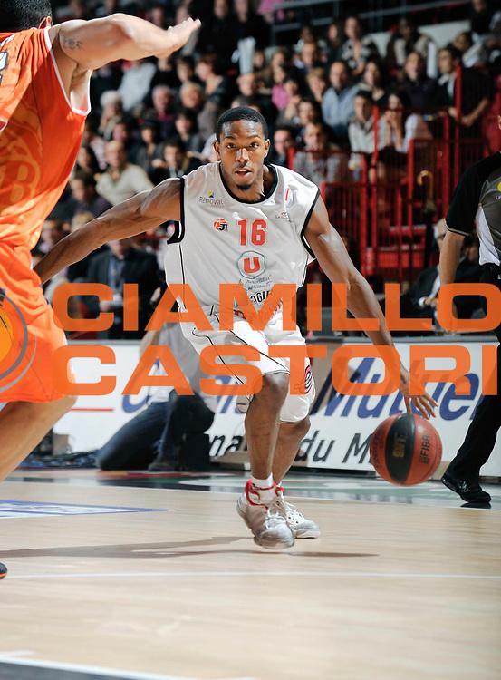 DESCRIZIONE : Championnat de France Basket Ligue Pro A  au Mans<br /> GIOCATORE : DeMarcus Nelson<br /> SQUADRA : Cholet<br /> EVENTO : Ligue Pro A  2010-2011<br /> GARA : Le Mans Cholet<br /> DATA : 13/11/2010<br /> CATEGORIA : Basketbal France Ligue Pro A<br /> SPORT : Basketball<br /> AUTORE : JF Molliere/Herve Petitbon par Agenzia Ciamillo-Castoria <br /> Galleria : France Basket 2010-2011 Action<br /> Fotonotizia : Championnat de France Basket Ligue Pro A au Mans<br /> Predefinita :