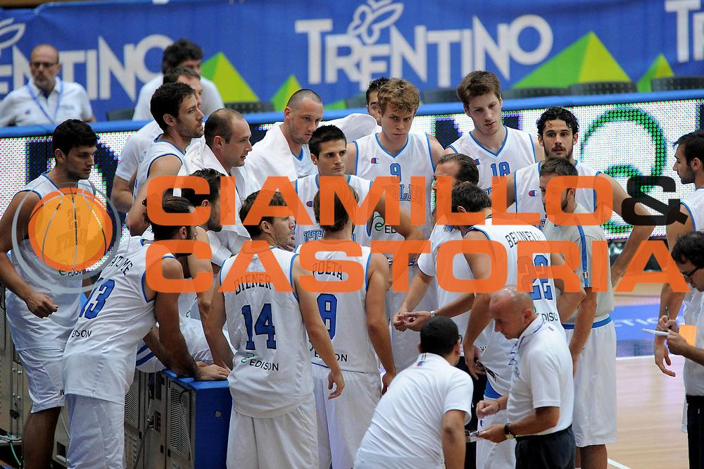 DESCRIZIONE : Trento Trentino Basket Cup Nazionale Italia-Israele<br /> GIOCATORE : Team<br /> CATEGORIA : Time Out<br /> SQUADRA : Italia<br /> EVENTO :  Trento Trentino Basket Cup<br /> GARA : Italia-Israele<br /> DATA : 08/08/2013<br /> SPORT : Pallacanestro<br /> AUTORE : Agenzia Ciamillo-Castoria/V.Tasco<br /> Galleria : FIP Nazionali 2013<br /> Fotonotizia : Trento Trentino Basket Cup Nazionale Italia-Israele<br /> Predefinita :