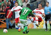 FUSSBALL   1. BUNDESLIGA   SAISON 2012/2013   4. SPIELTAG SV Werder Bremen - VfB Stuttgart                         23.09.2012        Eljero Elia (li, SV Werder Bremen) gegen Martin Harnik (re, VfB Stuttgart)