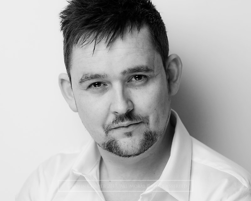 Headshot of actor Stuart Ferguson.