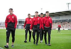 NEWPORT, WALES - Tuesday, October 16, 2018: Wales' players inspect the pitch ahead of the UEFA Under-21 Championship Italy 2019 Qualifying Group B match between Wales and Switzerland at Rodney Parade. (Pic by Laura Malkin/Propaganda)