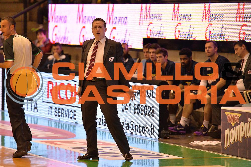 DESCRIZIONE : Treviso Lega A 2015-16 Playoff Gara 1 Universo Treviso Basket - Novipiu Casale Monferrato<br /> GIOCATORE : marco remondino<br /> CATEGORIA : Ritratto Delusione<br /> SQUADRA : Universo Treviso Basket - Novipiu Casale Monferrato<br /> EVENTO : Campionato Lega A 2015-2016 <br /> GARA : Universo Treviso Basket - Novipiu Casale Monferrato<br /> DATA : 01/05/2016<br /> SPORT : Pallacanestro <br /> AUTORE : Agenzia Ciamillo-Castoria/M.Gregolin<br /> Galleria : Lega Basket A 2015-2016  <br /> Fotonotizia :  Bologna Lega A 2015-16 Universo Treviso Basket - Novipiu Casale Monferrato