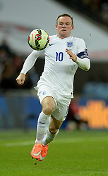 Wayne Rooney of England (Manchester United) chases the ball. - Photo mandatory by-line: Alex James/JMP - Mobile: 07966 386802 - 15/11/2014 - SPORT - Football - London - Wembley - England v Slovenia - EURO 2016 Qualifier