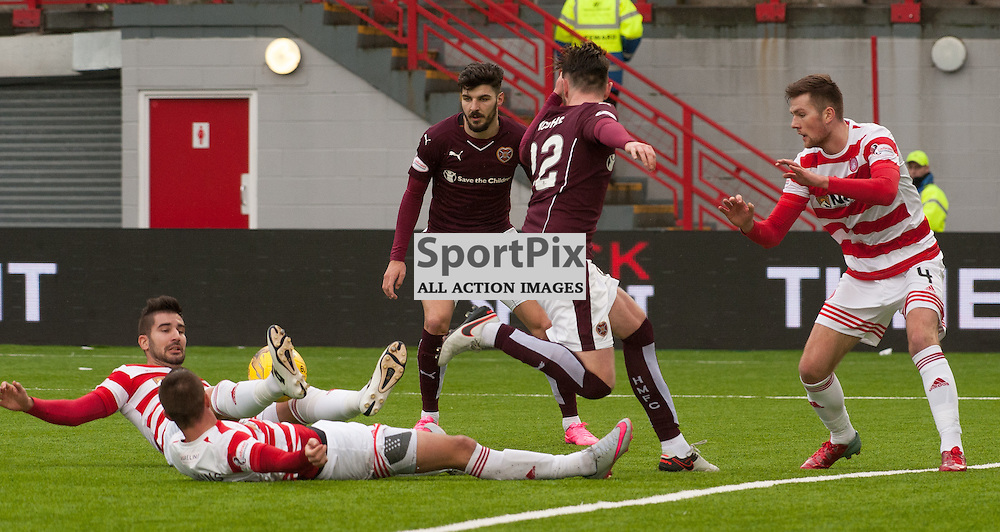 Last ditch Hamilton Academical defending as Heart of Midlothian press • Hamilton Academical v Heart of Midlothian • Ladbrokes Premiership • 24 January 2016• © Russel Hutcheson | SportPix.org.uk
