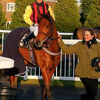 Microlight and Kirsty Milczarek winning the 2.40 race