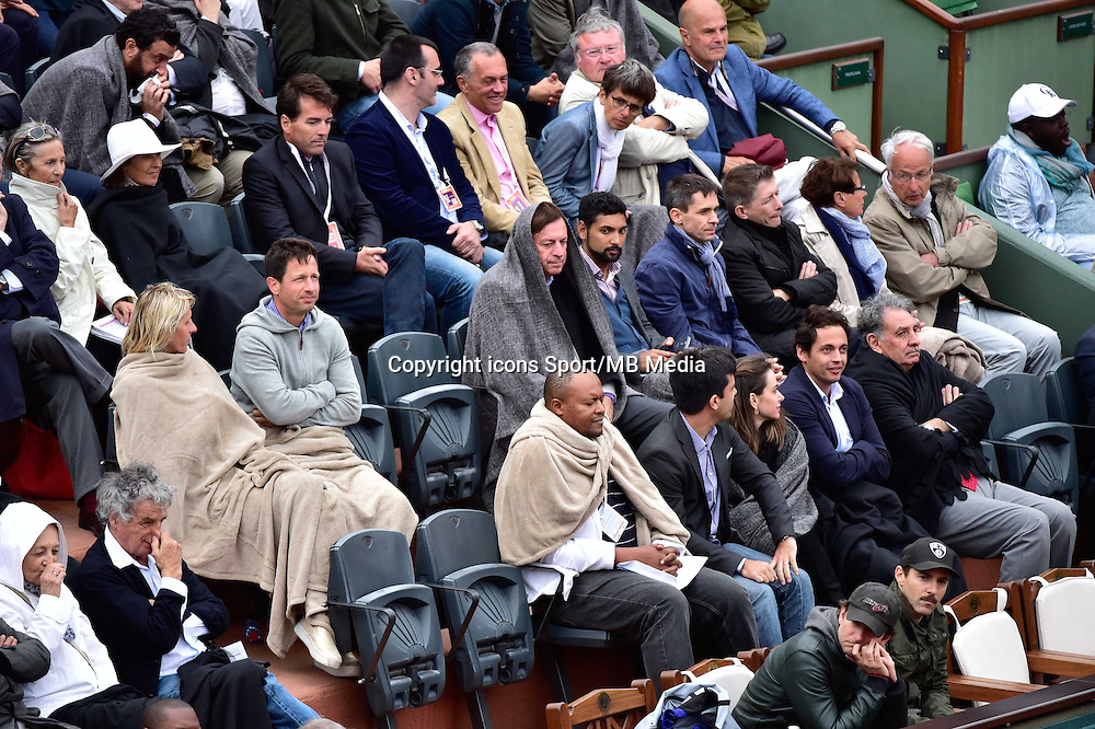 Supporters avec des Couvertures - 31.05.2015 - Jour 8 - Roland Garros 2015 <br />Photo : Dave Winter / Icon Sport