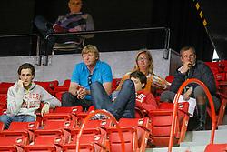 Philippaerts Olivier, Van den Bosch Danny, Dammen Els, Philippaerts Luod, Philippaerts Nicola<br /> World Cup Final Jumping - Las Vegas 2009<br /> © Hippo Foto - Dirk Caremans<br /> 15/04/2009