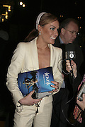 Tara Palmer Tompkinson, Cirque de Soleil Premiere of Alegr'a. Royal Albert Hall. London. 5 January 2006.  -DO NOT ARCHIVE-© Copyright Photograph by Dafydd Jones. 248 Clapham Rd. London SW9 0PZ. Tel 0207 820 0771. www.dafjones.com.
