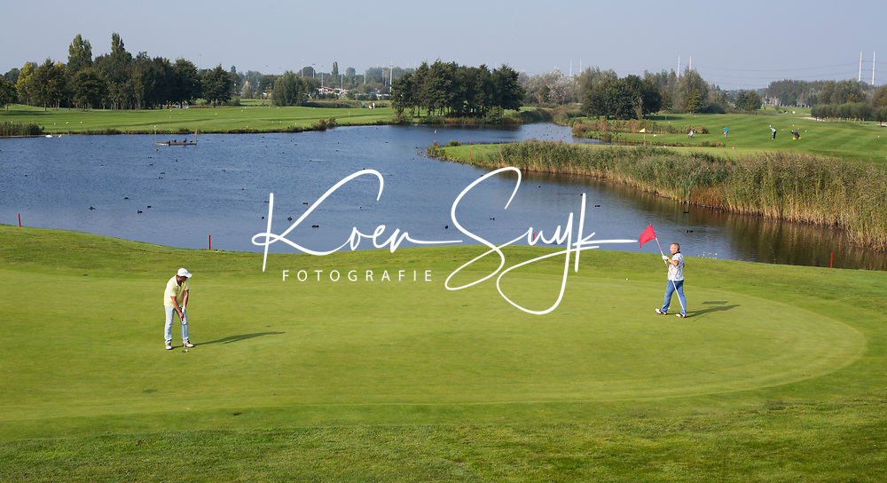 SCHIPLUIDEN - 2017 - Hole Geel 6. . Golfbaan DELFLAND . COPYRIGHT KOEN SUYK