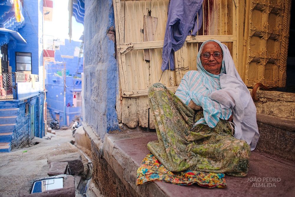 Woman outside her house at Jodhpur
