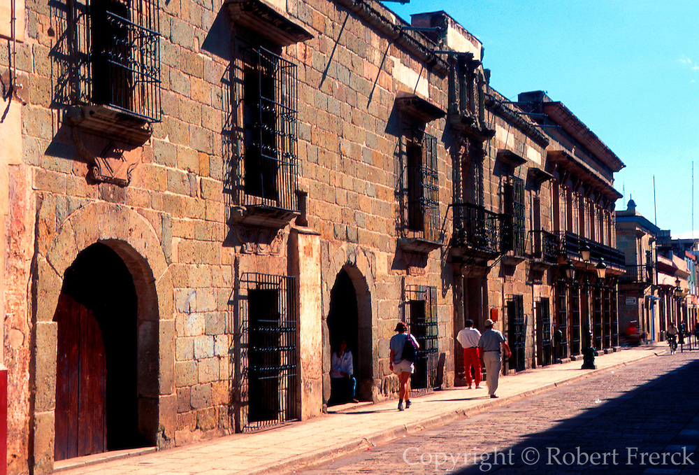 MEXICO, COLONIAL CITIES Oaxaca, colonial homes and palaces along Alcala street in the heart of the old city