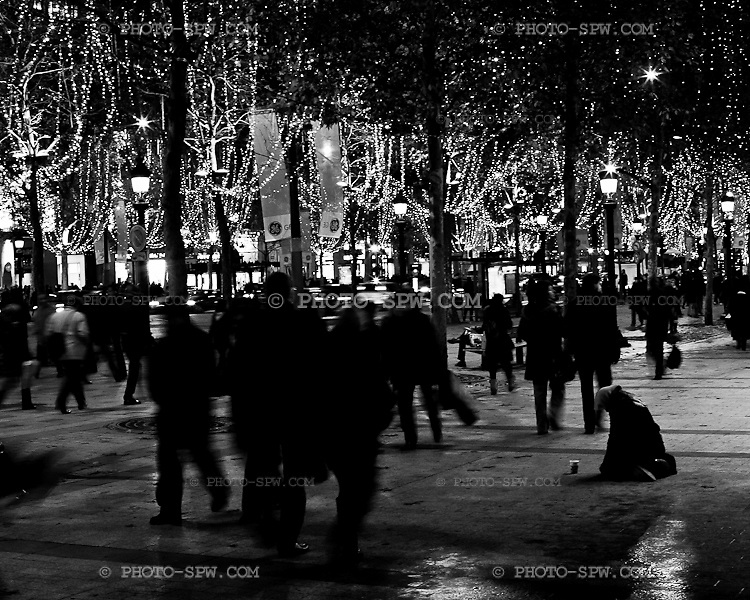 Pre-Christmas time in Paris